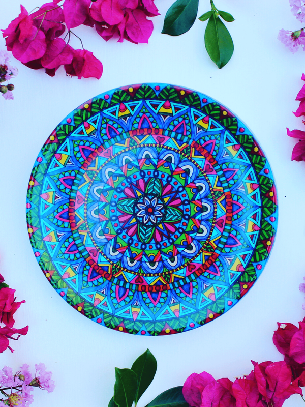 Beautiful mandala plates with bright colours and sustainable features